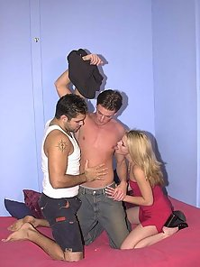 Bisex guys sucking cock while licking pussy