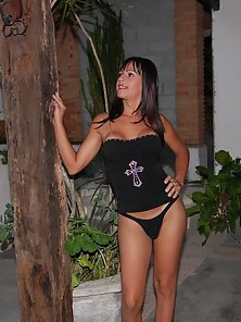 Long haired brunette tranny getting it on with a horny pair