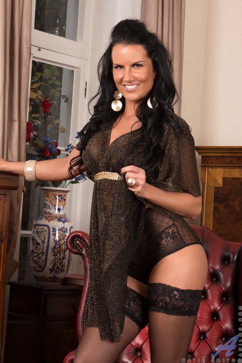 breath-taking milf katie smith wears ultra sexy black lingerie and