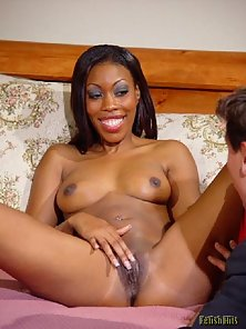 Pretty black chick stripping all for you