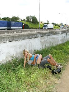 Having hardcore and horny sex on the public motorway pics