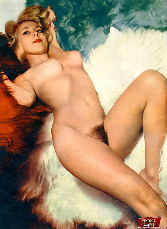 Some Hot And Sexy Vintage Blonde Girls Posing In The Nude -7791