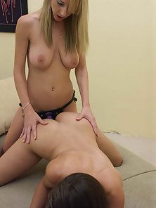 White and brunette babe goin at it hard