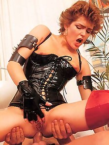 Kinky seventies mom loves it rough