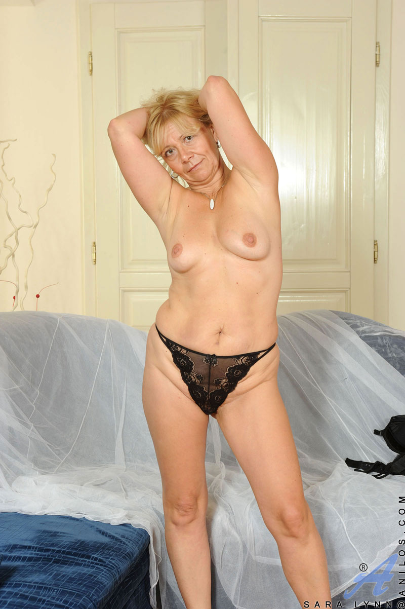 Question Milf mature tits did not