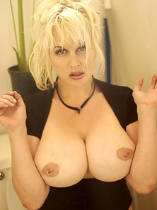 Smoking Huge Tits Blonde Babe in the Bathroom Spreading Pussy