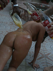 Curvy latina Britney gets a 40 poured on her ass