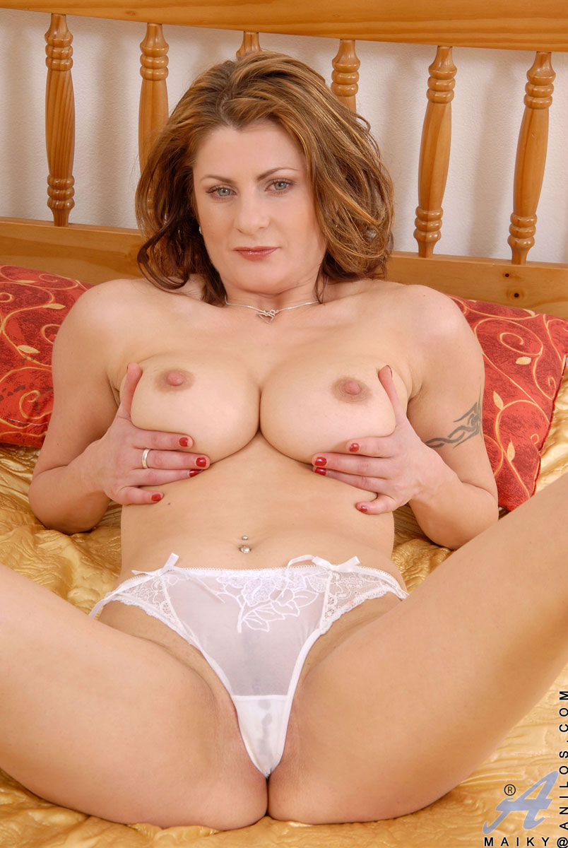Mature pussys and sex pics