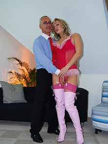 British blonde tramp gets fucked in her only tight hole