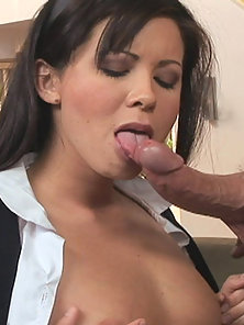 Audrey Hemingway gets her pussy pumped full of cock