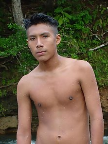 Latino boy naked and jacking in the rocky stream