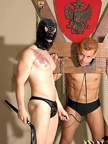 Enjoy this hot gay gallery featuring Joge and Leo