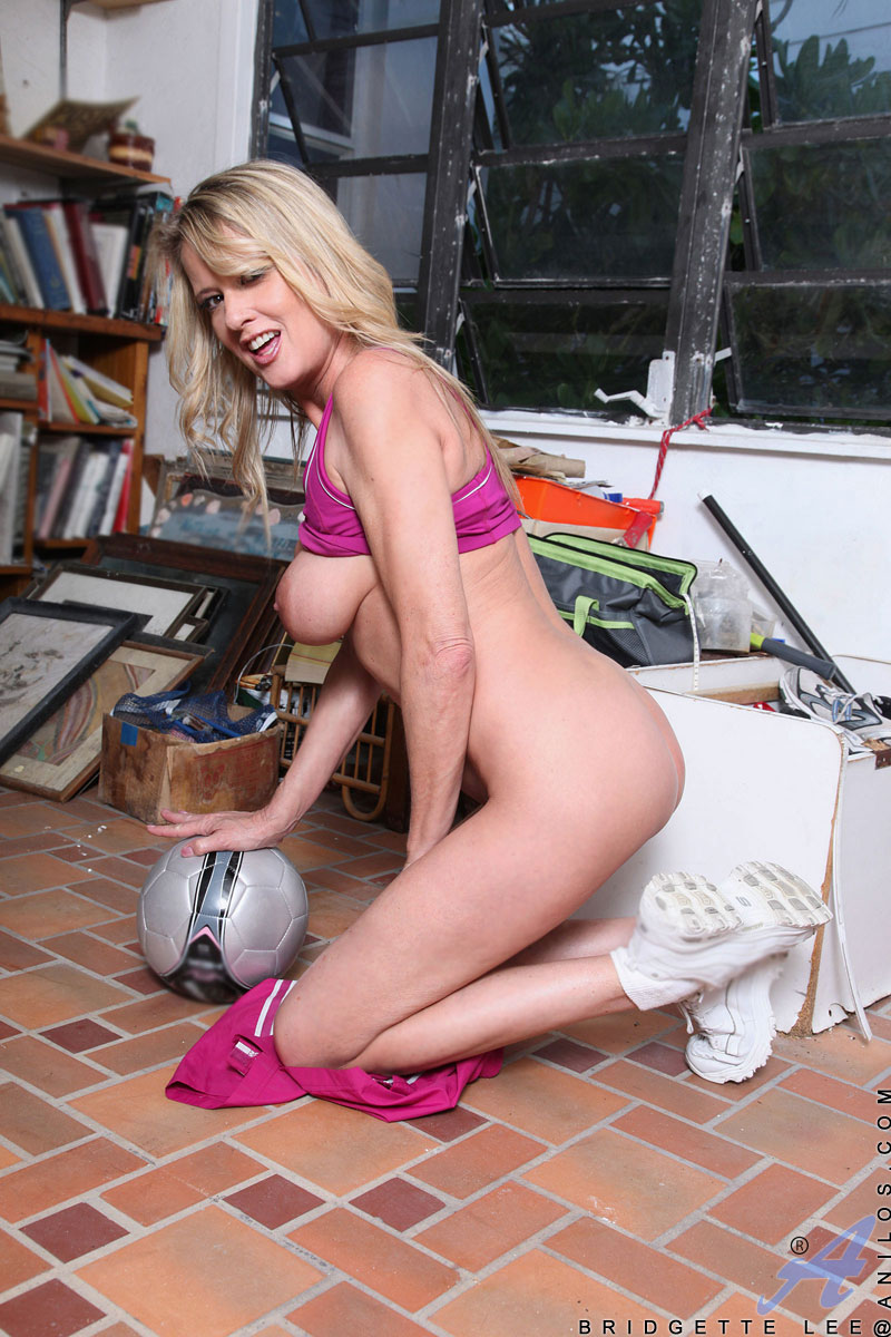 Hot soccer nude real mom