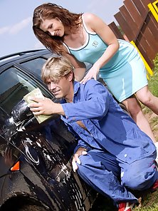 A horny carwasher screwing his hot teenage client anally