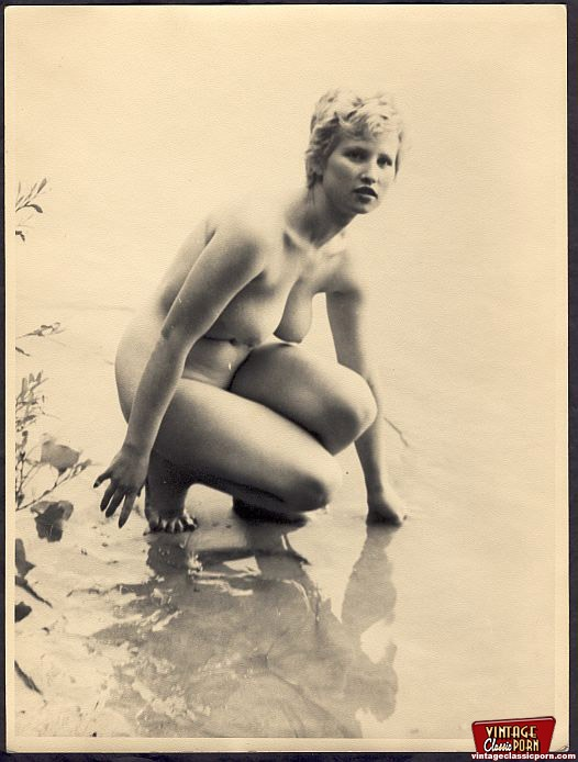 Girls vintage naked sexy