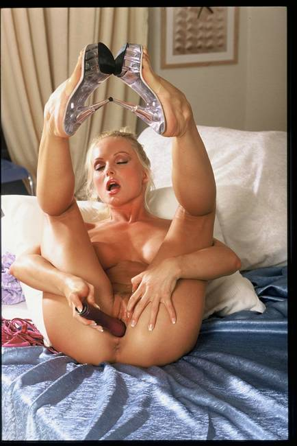 Silvia Saint Foot Gay Babesource 1