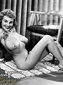 Natural Big Boobs In Vintage Photography