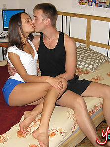Sinful brunette teen courtesan gets banged wild for cash.