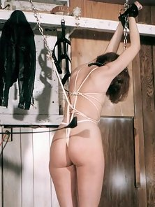 Amateur painslut getting tied up flogged and doused with wax