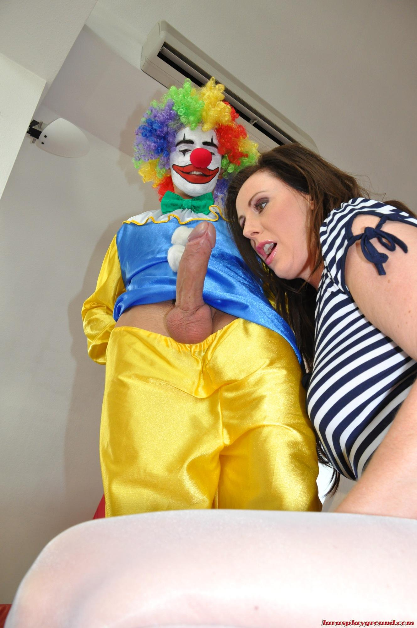 Mature couple screwing in bedroom chubby wife missionary abuse