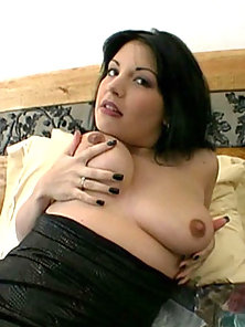 Big Titted Brunette Fingers Pussy Till She Squirts