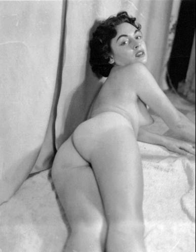 Where you vintage nude women butts you