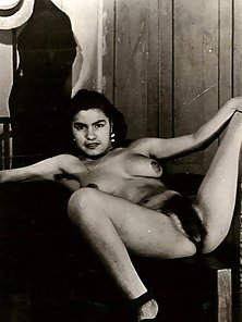 Vintage chicks with hairy pussies