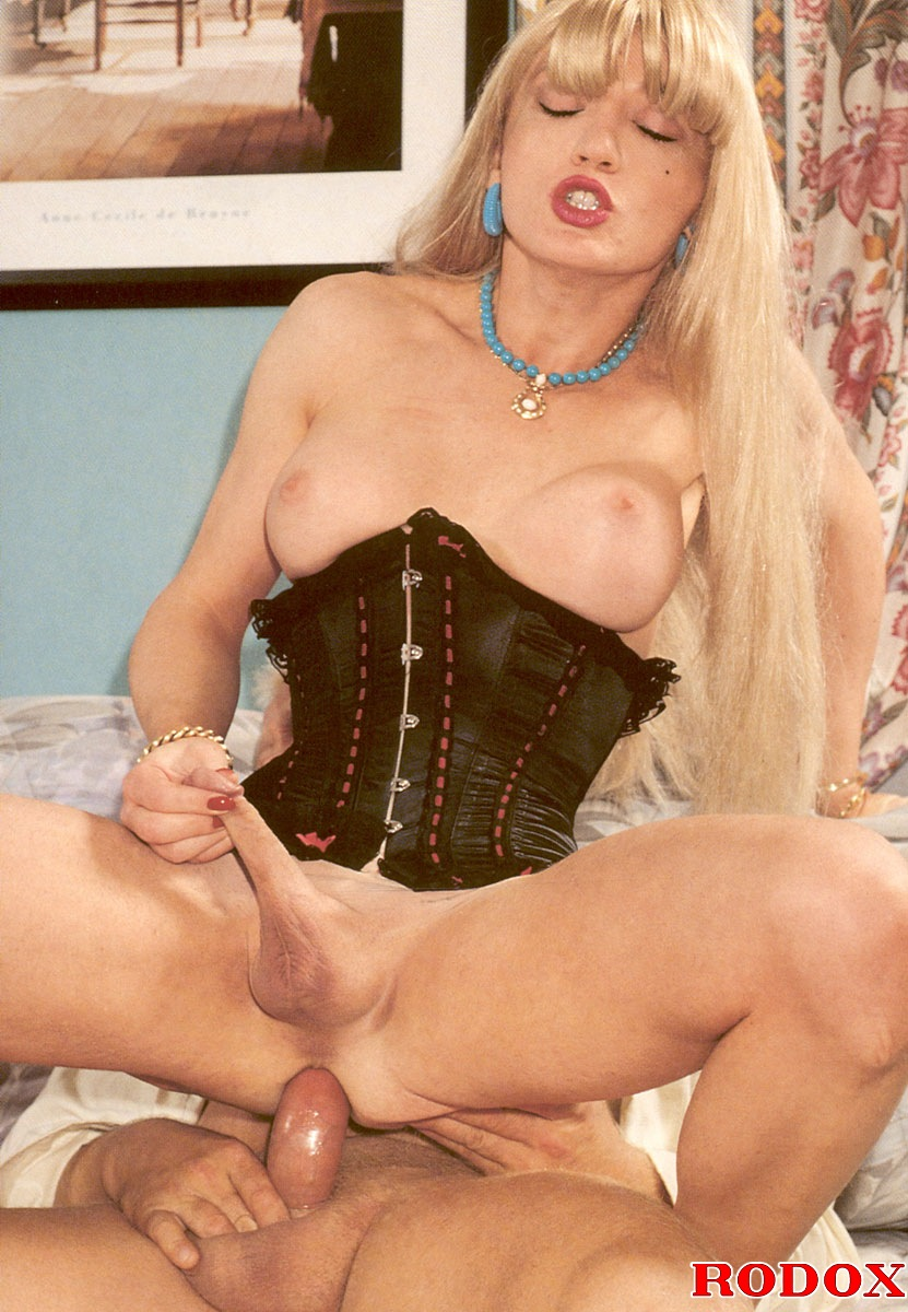 shemale mistress escort