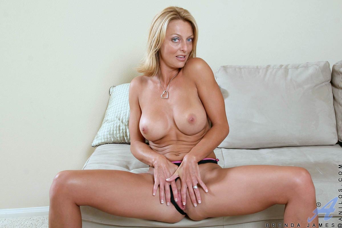 Brenda james masturbating — photo 4