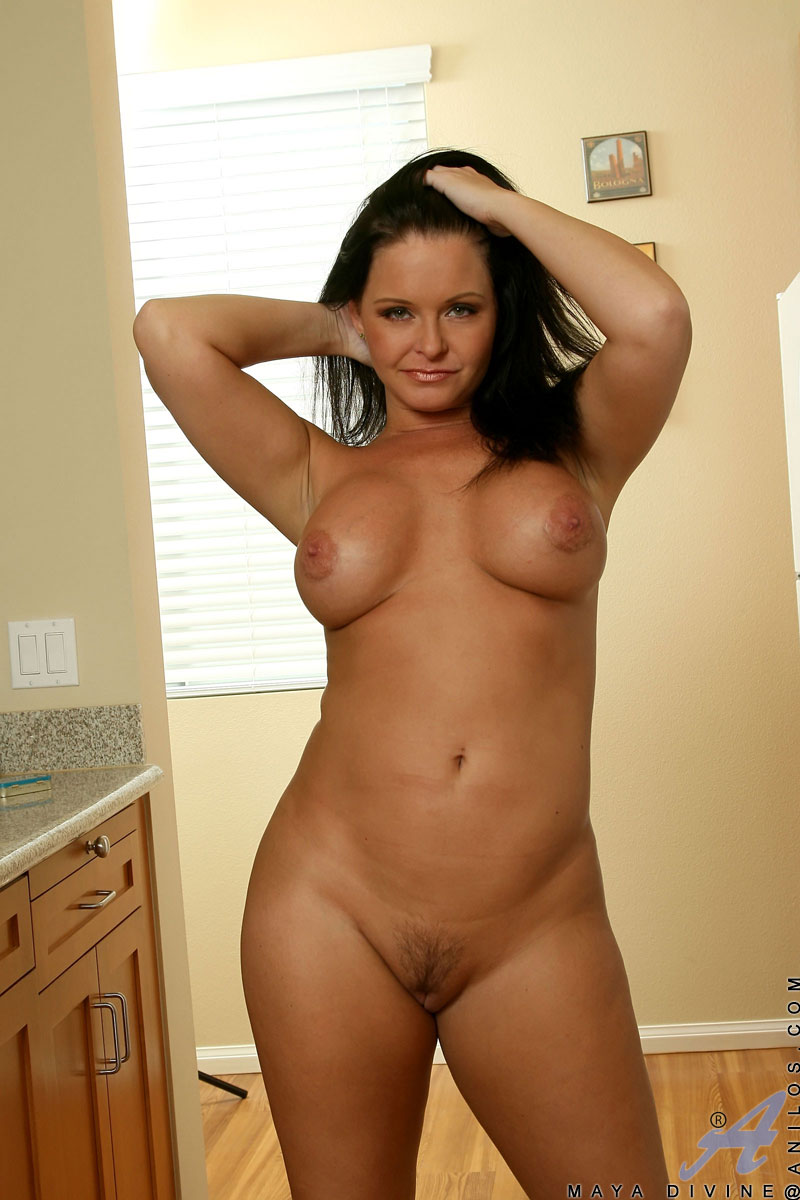 Wife posing nude for friends