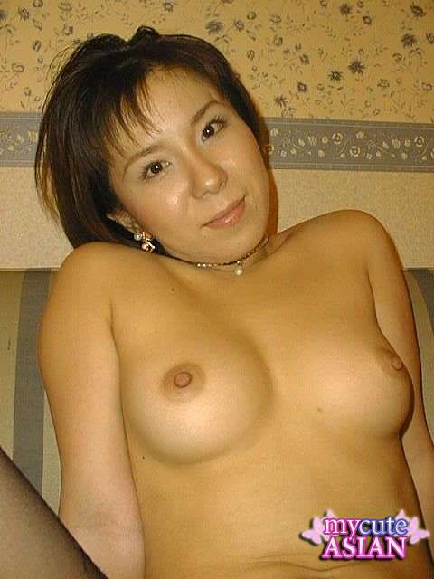 Asian milf striptease