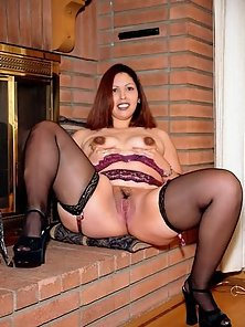 Lating Looking Chubby Girl in Stockings Teasing Big Butt