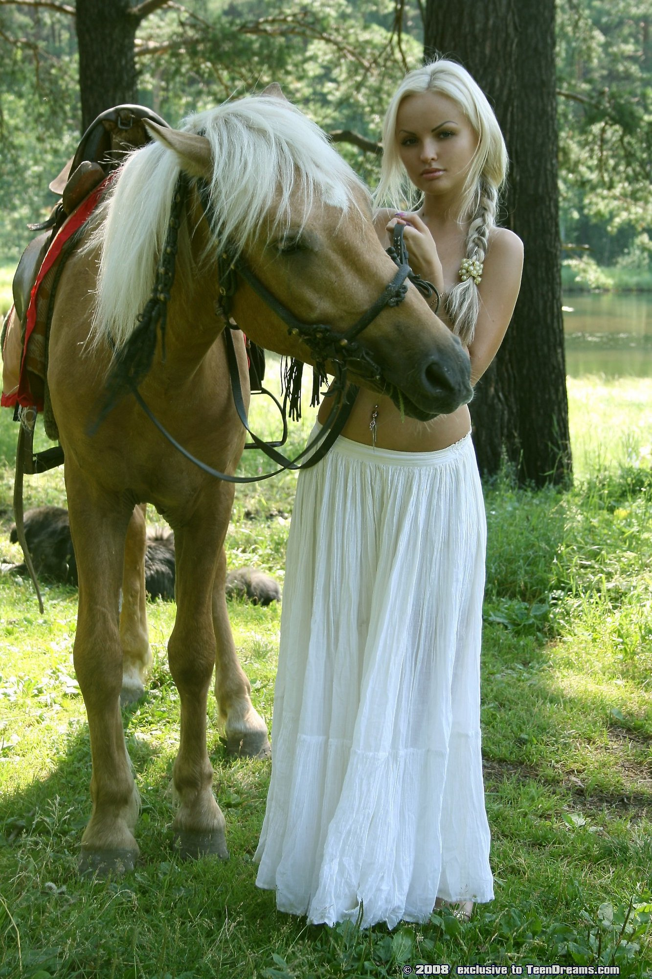 Pretty Blonde Riding Horse Naked In Woods - Mobile Porn Movies-5082