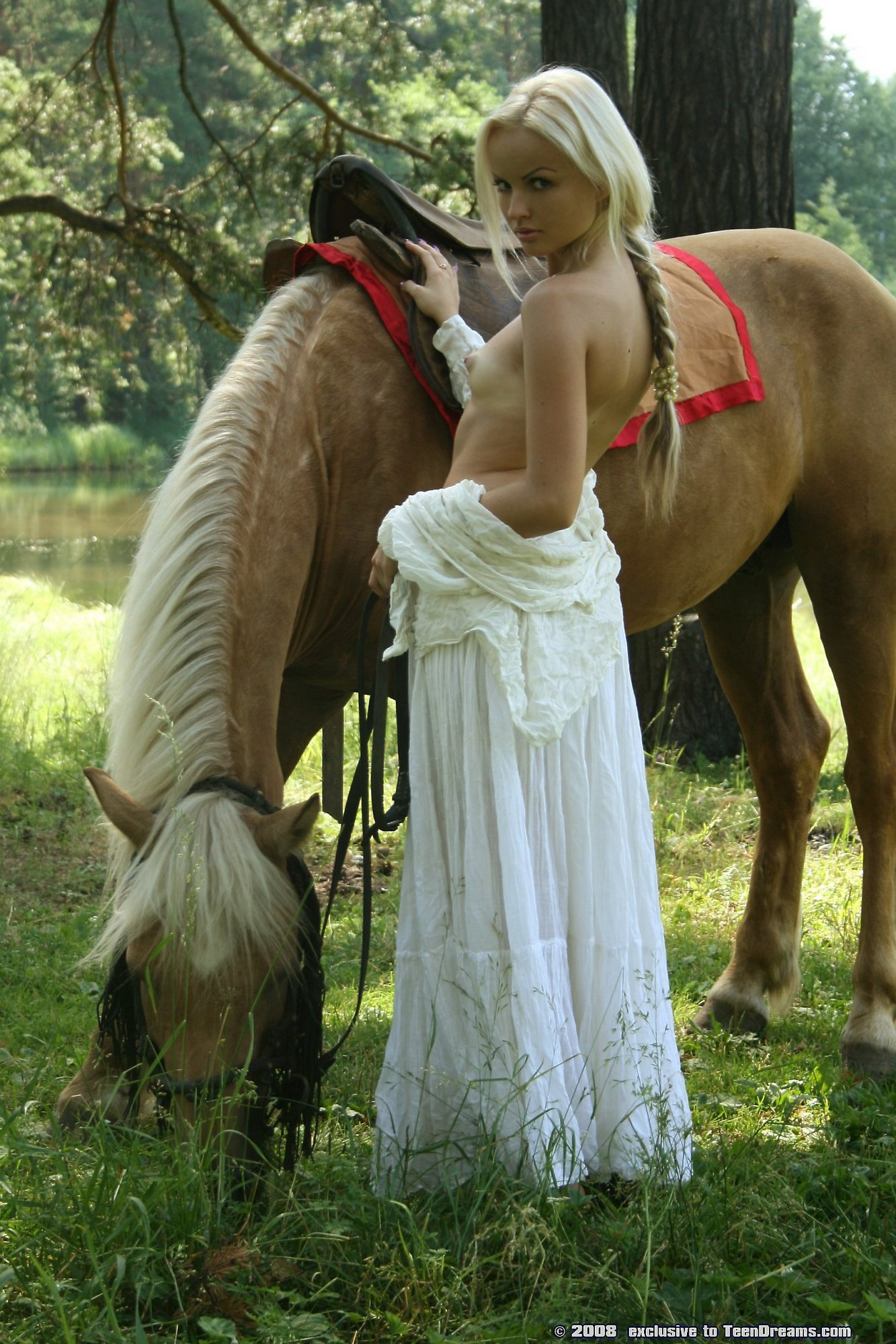 Pretty Blonde Riding Horse Naked In Woods - Mobile Porn Movies-2566