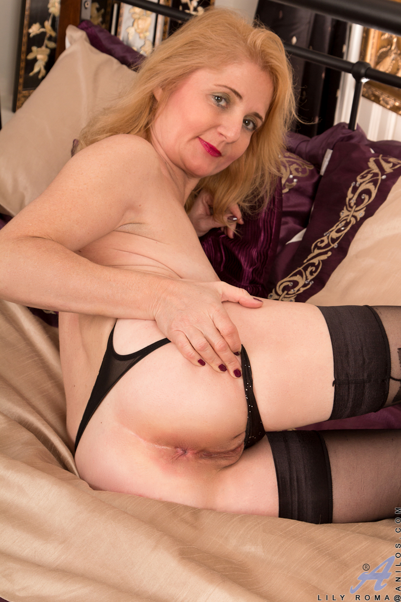 Long black cock for blonde milf