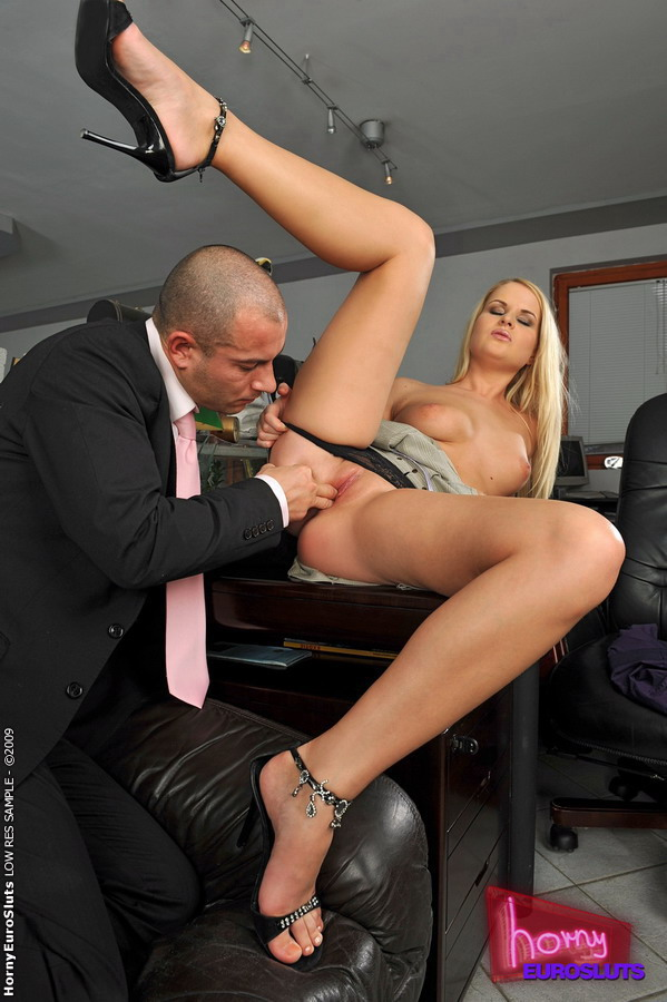 Started sucking on her boss cock then sat on it ...