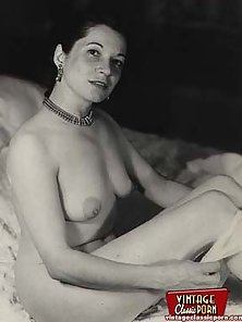 Naughty vintage housewives showing their natural bodies