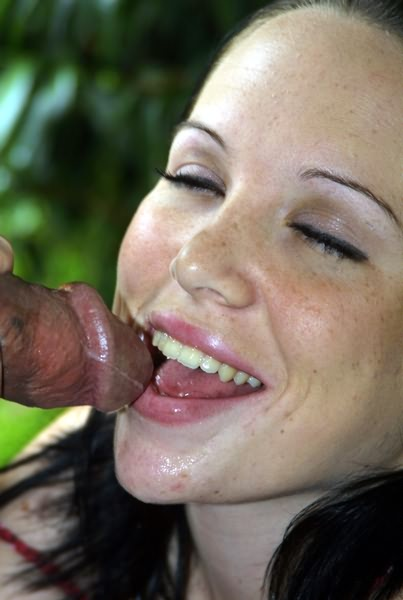 indian-sexy-coeds-giving-blowjob-shemales