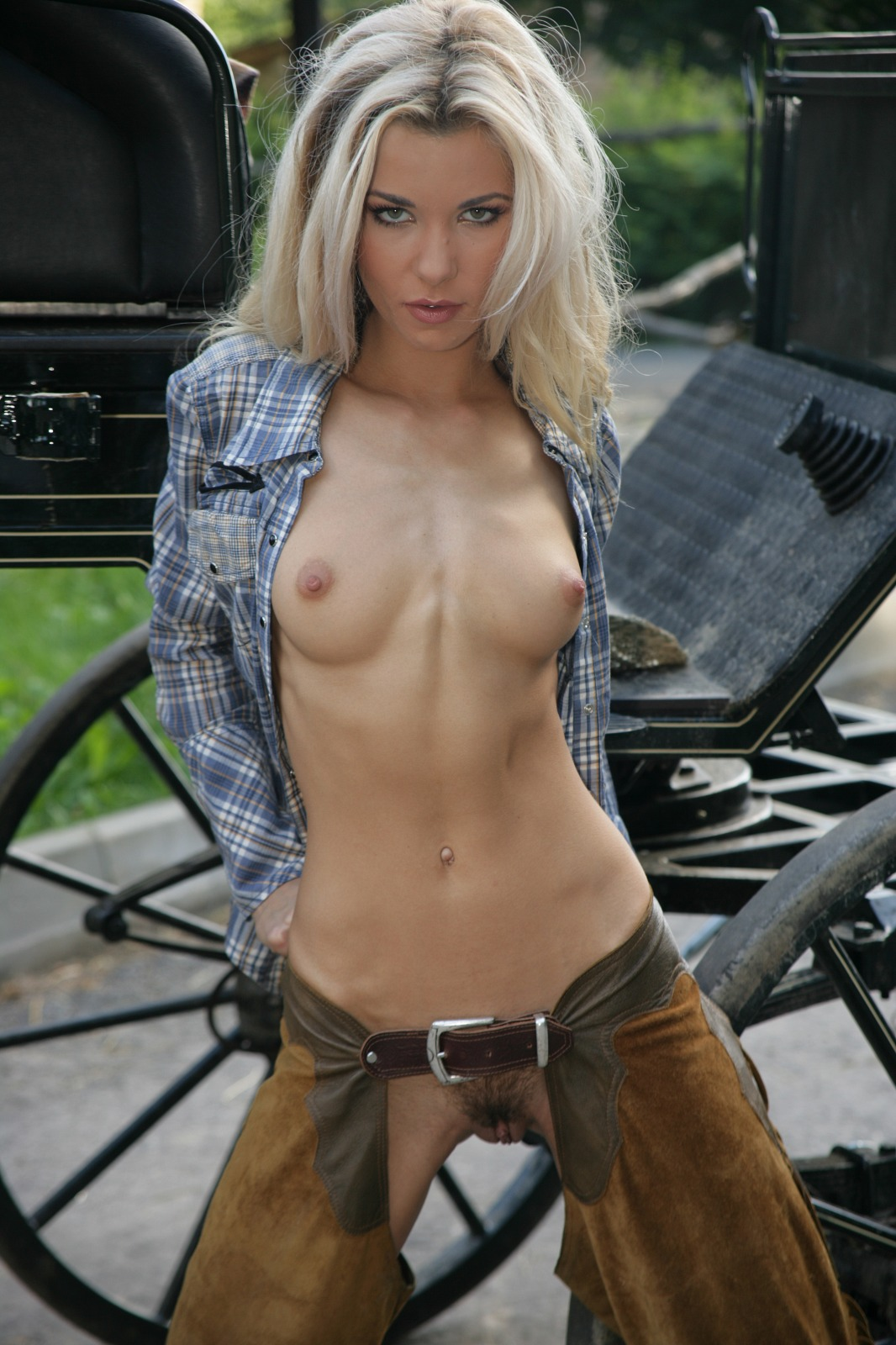 Check Out This Hot Naked Cowgirl - Mobile Porn Movies-5632