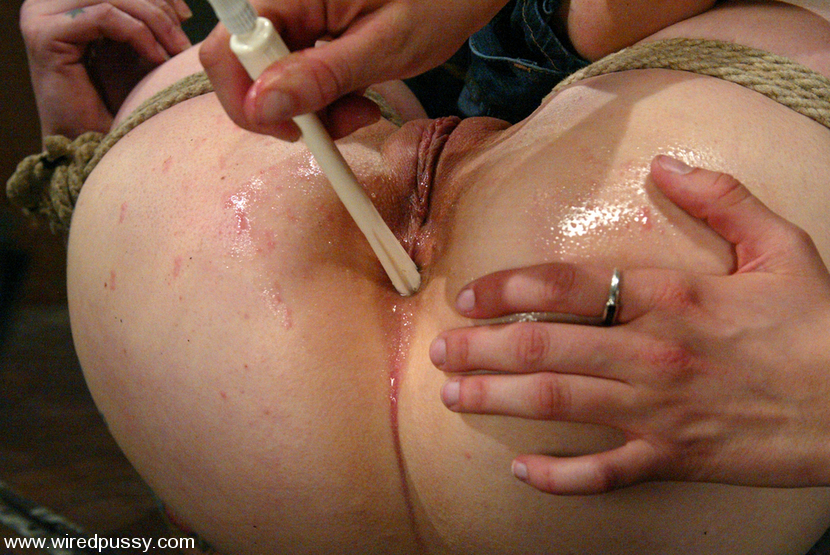 Naked anal enema tied — photo 15