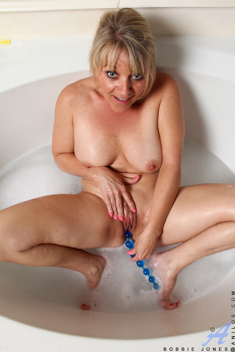 Blonde milf mom mum mature having sex hacked ip camera - 5 6