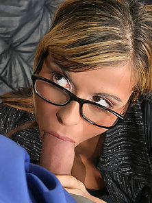 Brunette In Glasses Takeing It In The Ass Than Get Cum On Face