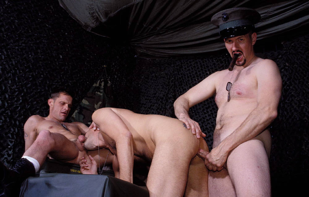 Stud Penetrates Ass Raw
