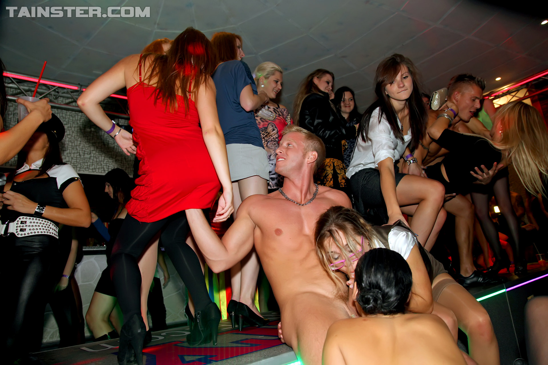 Hot Party Girls In A Wild Sex Party Fucking Hardcore Sex -6385