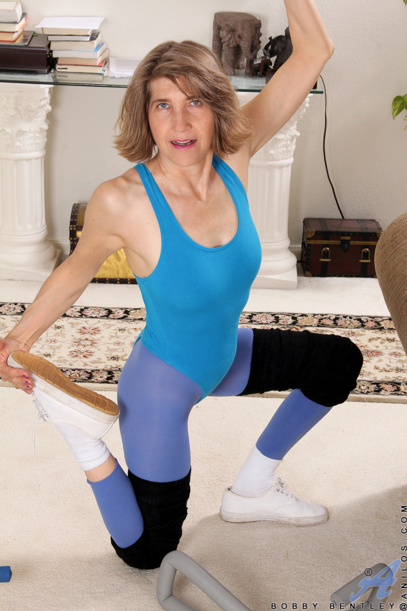 Skin tight mom porn new sex images