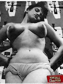 Big breasted vintage girls showing their sensual curves