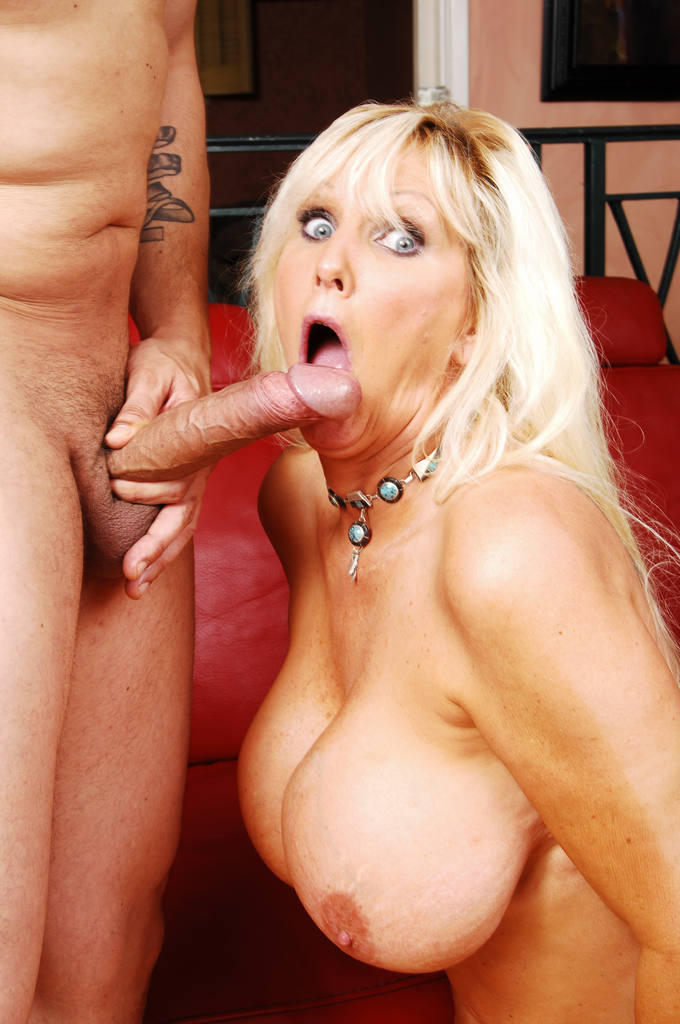 porn-tube-wife-blonde-big-tit
