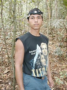 Hottie latino boy went up in tree branches naked