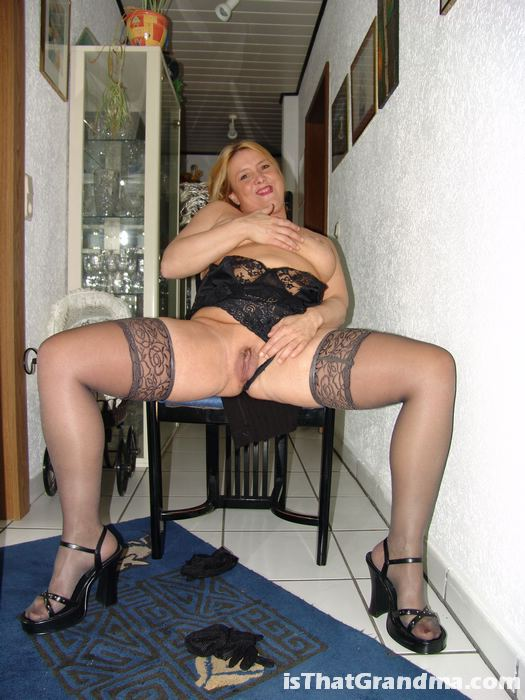 Chubby in stockings pics