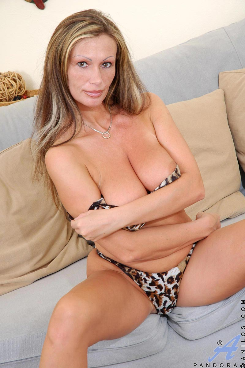 Tight mature milf